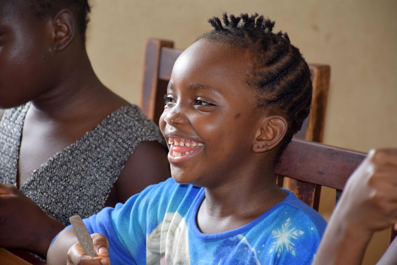 Niño sonriendo - Proyecto Recomponer el corazón de Child Heroes